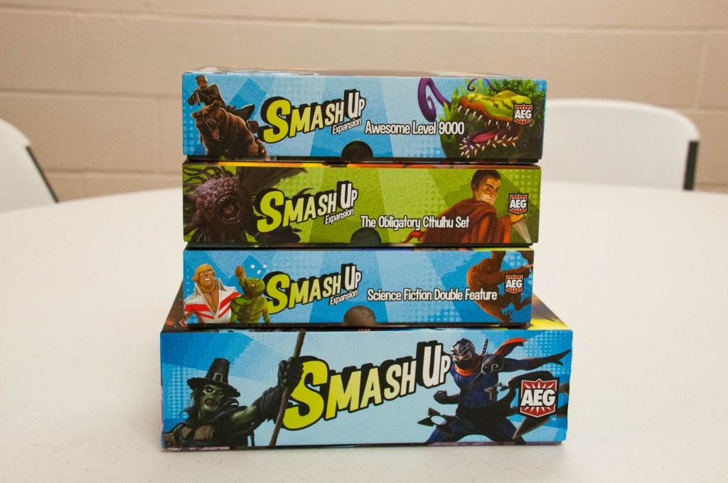 Smash Up expansions: Awesome Level 9000, The Obligatory Cthulhu Set, & Science Fiction Double Feature